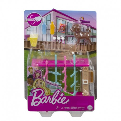 Barbie Mini Playset with Pet, Accessories and Working Foosball Table, Game Night Theme