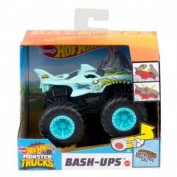 Hot Wheels Monster Trucks 1:43 Shark Wreak Vehicle